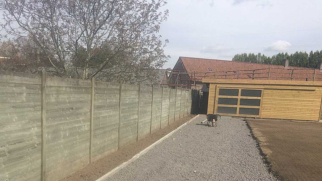 tuinhuis oprit en tuinaanleg